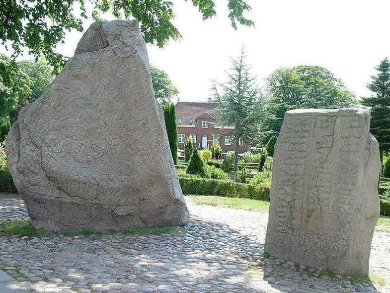 The little Jelling stone