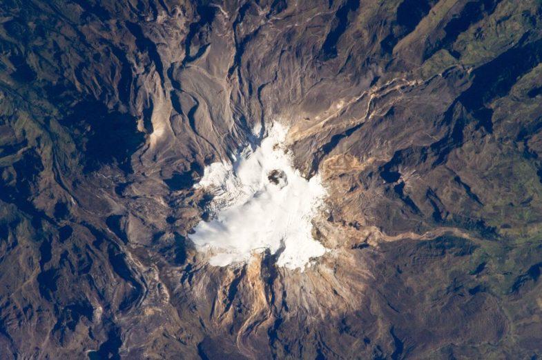 Volcano Nevado del Ruiz