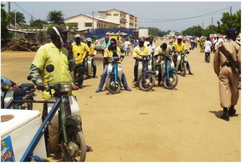Zemidjans in Cotonou Benin